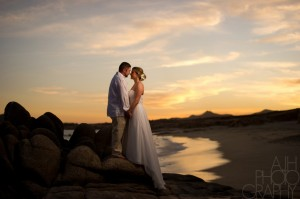 bride-and-groom-beach-photo-buring-sunset-1024x681