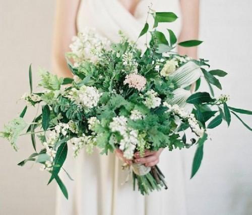 27-darling-greenery-wedding-bouquets-weddingomania-782-int